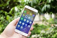 samsung-ghi-danh-sang-che-smartphone-cam-bie-n-va-n-tay-nhung-du-o-i-man-hinh